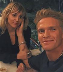 Miley Cyrus ve Cody Simpson Çifti Ayrıldı