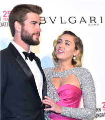 Miley Cyrus ve Liam Hemsworth Evlendi