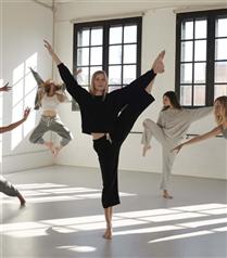 Oysho İlk Yoga Dance Koleksiyonunu Tanıtıyor