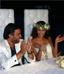 Özge Ulusoy boşanıyor!