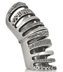 Pamela Love kıvrımlı yüzüğü