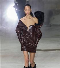 Paris Moda Haftası: Saint Laurent Sonbahar 2017