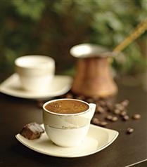 Pierre Cardin ile kahve keyfi