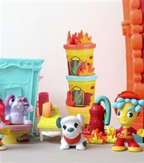 Play-Doh Town ile Çocuklar Kendi Şehirlerini Şekillendiriyor