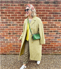 Renkli Kaban Kombinleriyle Stilinizi Canlandırın