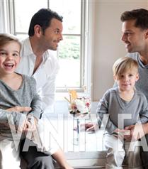 Ricky Martin ikizleriyle poz verdi