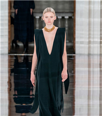Sadeliğin İzinde Victoria Beckham Sonbahar/Kış 2020 Tasarımları