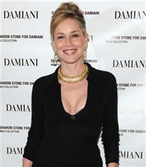 Sharon Stone`dan Damiani için takı koleksiyonu