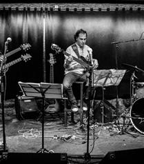 Türk Müzisyen Uygar Çağlı Caz Fusion Albümü Ting ile Avrupa Sahnesinde