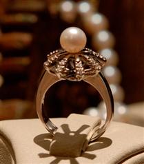 Unutulmaz Günlerin Mücevheri Tiara`da