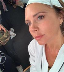 Victoria Beckham'ın Işıldayan Bir Cilt İçin Şaşırtan Beslenme Sırrı