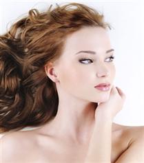 Yaz Aylarında Saç Bakımı İçin 5 Öneri