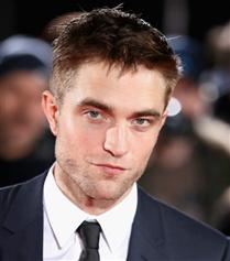 Yeni Batman Robert Pattinson Oldu!