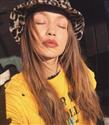 Gigi Hadid'den İlhamla En iyi Kova Şapkaların Peşindeyiz!