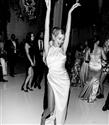 Hailey Bieber'ın Düğün Sonrası Parti Elbiseleri