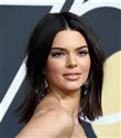 Kendall Jenner'ın Sivilce Sorunu