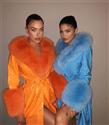 Kylie Jenner'ın Uyumlu Giyinme Takıntısını Mercek Altına Aldık