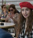 Lily Collins'li Emily in Paris Dizisinden İlk Fragman Geldi