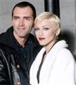Madonna'ya Kardeşinden Ağır Sözler