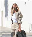 "Rosie Huntinton-Whiteley'in Tercihi ""Bottega Veneta Salon 01 Point Bag"""