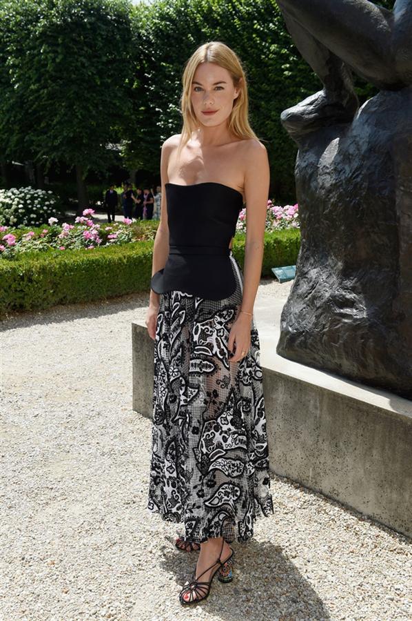 2018 Paris Haute Couture'daki Şık Görünümler