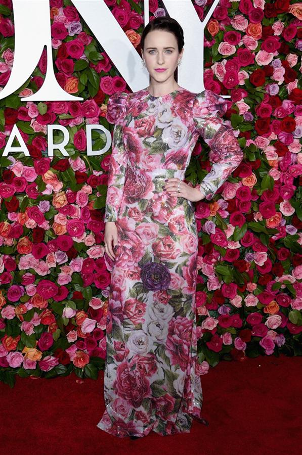 Rachel Brosnahan - 2018 Tony Ödüllerindeki En Şık Görünümler