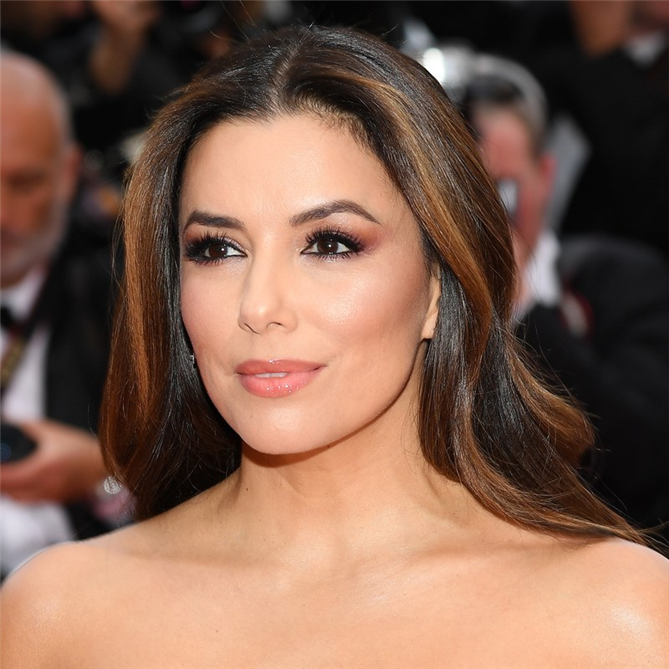 2019 Cannes Film Festivali'nin Kalpleri Çalan Güzellik Görünümleri - 2019 Cannes Film Festivali'nin Kalpleri Çalan Güzellik Görünümleri