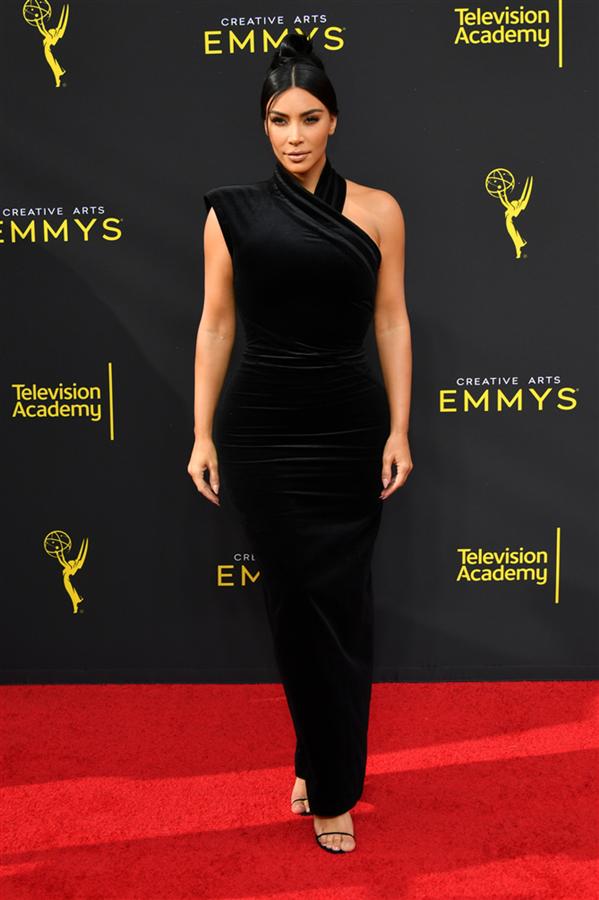 Kim Kardashian - 2019 Creative Arts Emmy Ödülleri'nin Kırmızı Halı Görünümleri