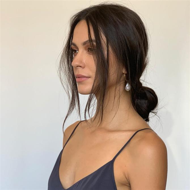 2019 Gelinleri İçin Modern ve Şık 10 Saç Modeli