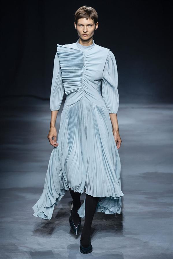 Givenchy - 2019 Paris Moda Haftası'nın En İyi Görünümleri