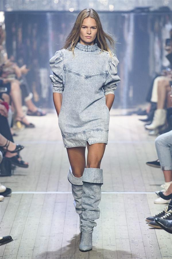 2019 Paris Moda Haftasında Öne Çıkan Görünümler