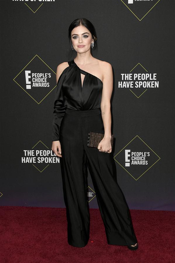 Lucy Hale - 2019 People's Choice Ödülleri'nin Dikkat Çeken Kırmızı Halı Görünümleri