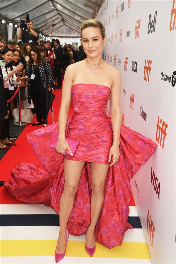 Brie Larson - 2019 Toronto Film Festivali'nden Dikkat Çeken Stil Görünümleri