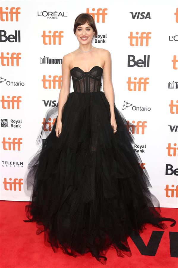 Dakota Johnson - 2019 Toronto Film Festivali'nden Dikkat Çeken Stil Görünümleri