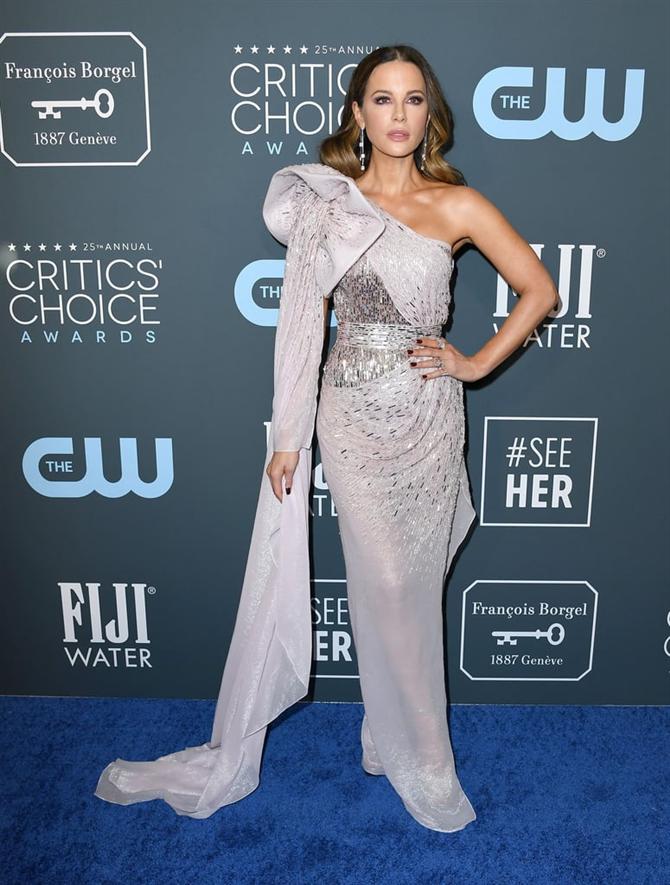 Kate Beckinsale - 2020 Critics' Choice Ödülleri'nin Öne Çıkan Kırmızı Halı Elbiseleri