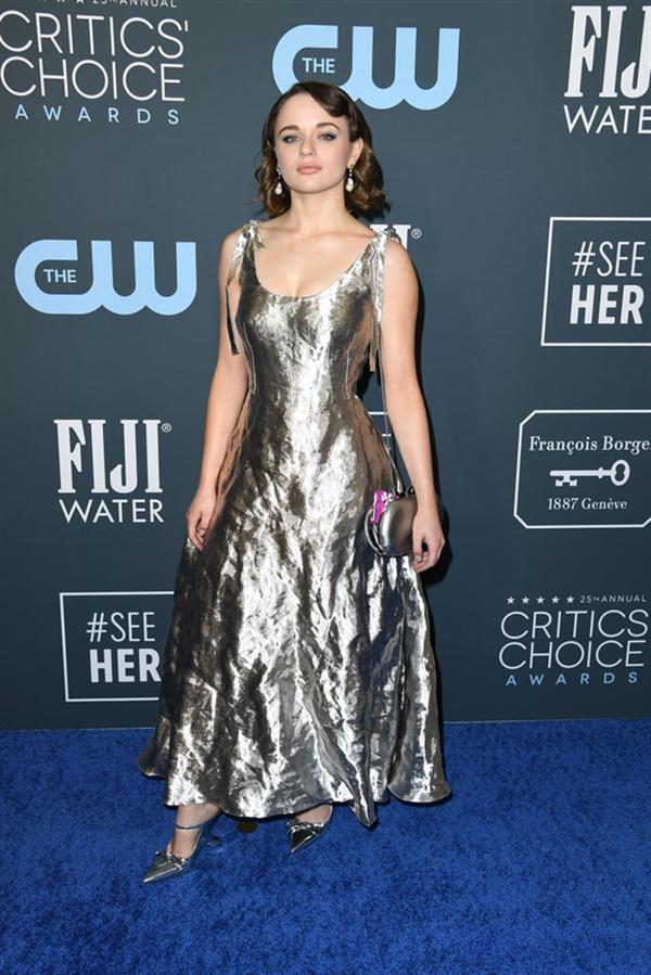 Joey King - 2020 Critics' Choice Ödülleri'nin Öne Çıkan Kırmızı Halı Elbiseleri