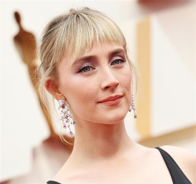 Saoirse Ronan - 2020 Oscar Ödül Töreni'nin Unutulmaz Saç ve Makyaj Görünümleri