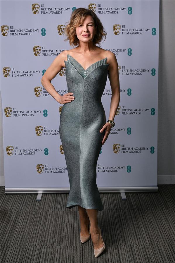 2021 BAFTA Ödülleri Kırmızı Halısından Öne Çıkanlar - 2021 BAFTA Ödülleri Kırmızı Halısından Öne Çıkanlar
