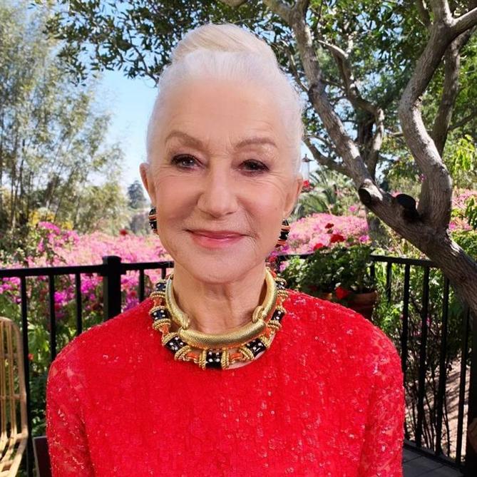 Helen Mirren - 2021 SAG Ödülleri'nin Saç ve Makyaj Görünümleri