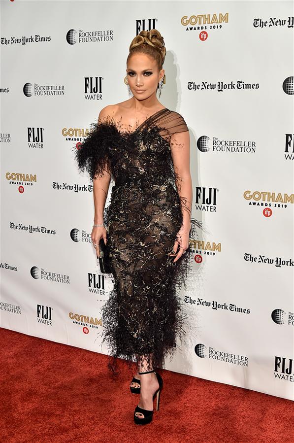 Jennifer Lopez - 29. Gotham Bağımsız Film Festivali Ödülleri'nin Kırmızı Halı Görünümleri