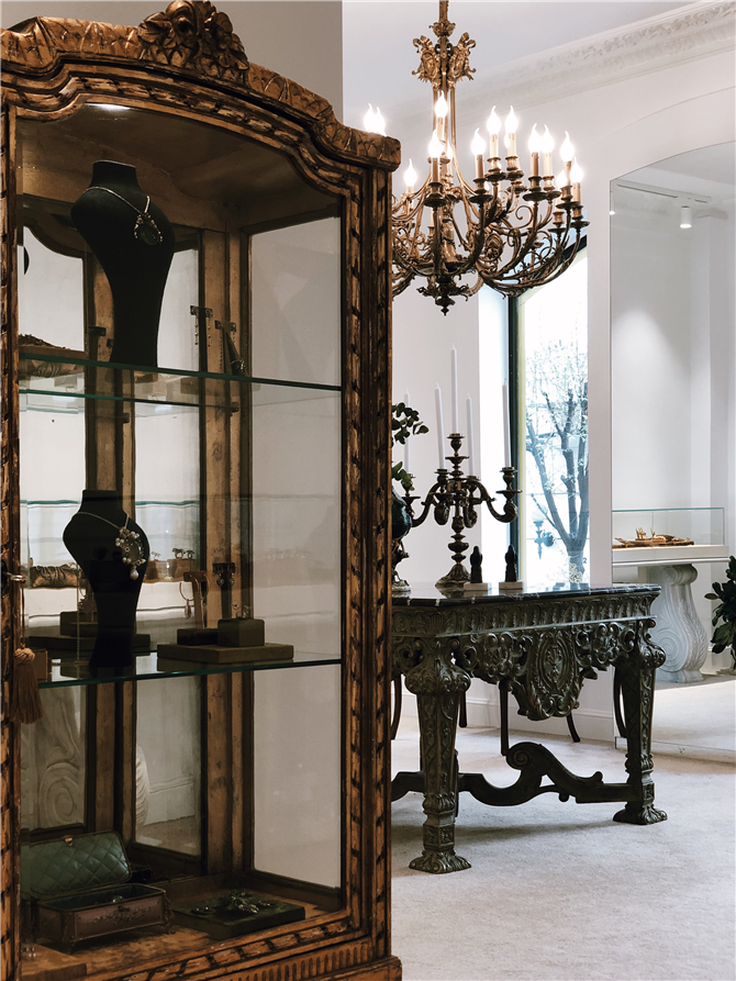 Aida Bergsen Mücevher Tasarımlarının Nişantaşı Showroom'u Açıldı - Aida Bergsen Mücevher Tasarımlarının Nişantaşı Showroom'u Açıldı