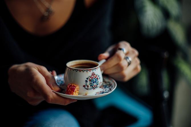 Akrep - Burcunuza Göre Kahve Önerileri