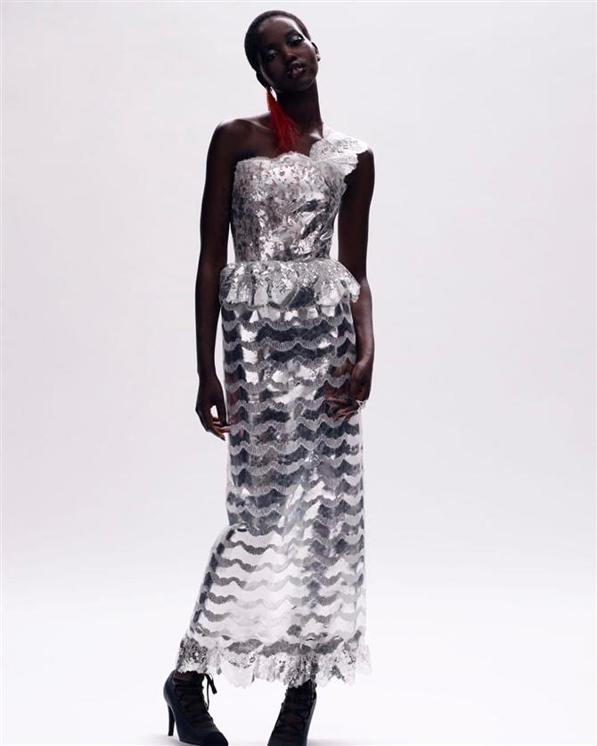 Asi ve Gösterişli: Chanel Haute Couture Sonbahar/Kış 2020-21 Koleksiyonu - Asi ve Gösterişli: Chanel Haute Couture Sonbahar/Kış 2020-21 Koleksiyonu