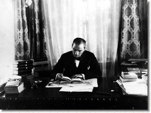 Atatürk`ün en güzel kıyafetleri - Atatürk`ün Şık Kıyafetleri