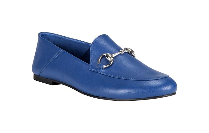 Ayakkabı ve Çanta Tutkunu Annelere