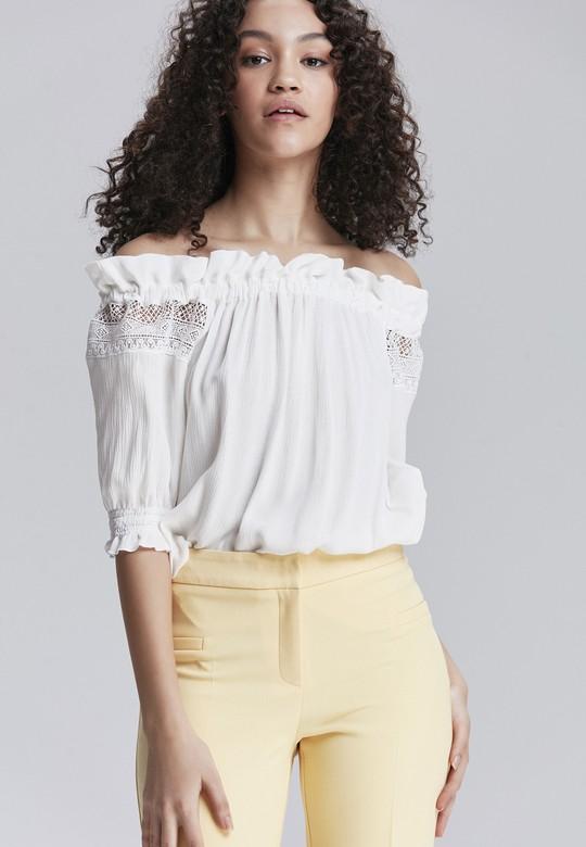Bahar Stilinizde Kurtarıcı Parça Olacak 10 Beyaz Üst