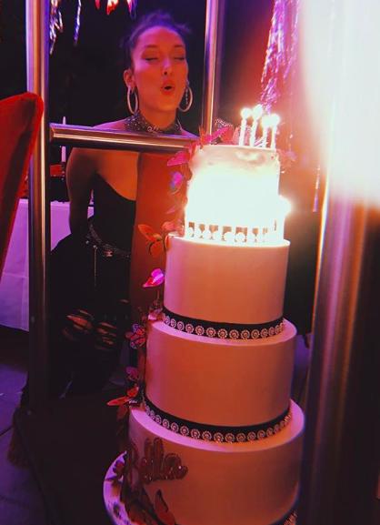 Bella Hadid'in 22. Yaş Kutlaması
