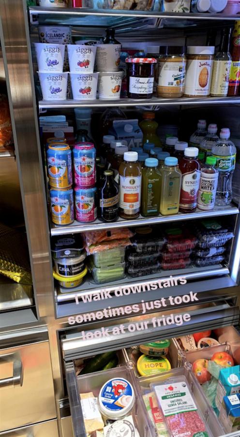 Bella Hadid'in Buzdolabını Karıştırıyoruz!