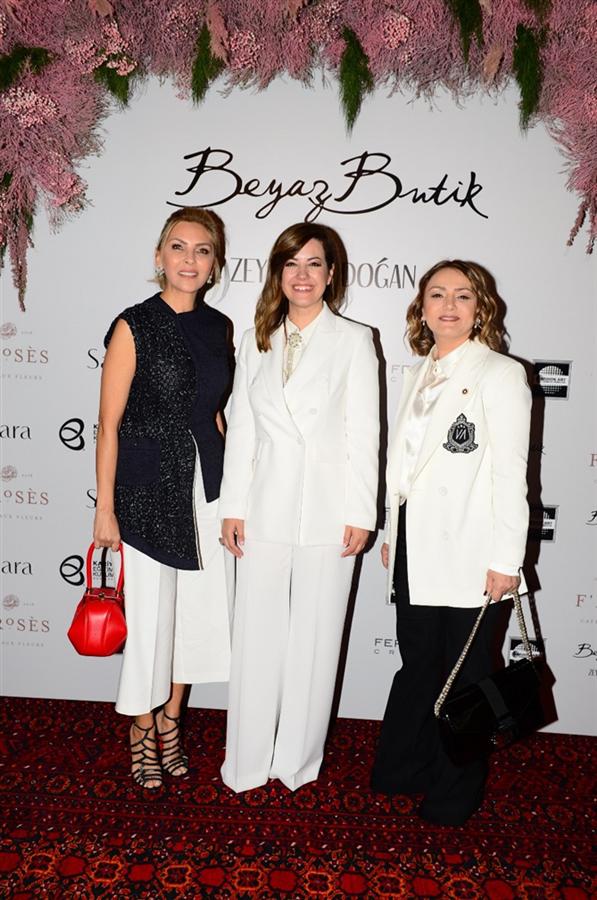 Beyaz Butik Zeynep Erdoğan Tasarımı Gelinliklerini Defileyle Tanıttı - Beyaz Butik Zeynep Erdoğan Tasarımı Gelinliklerini Defileyle Tanıttı