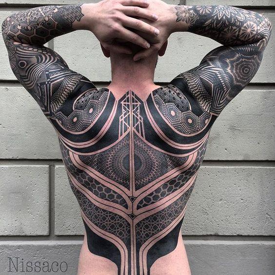 Beyler İçin Dövme Sanatı